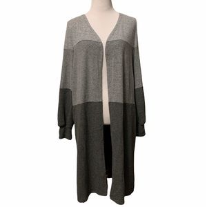 Db Sunday gray color block soft duster sweater, S